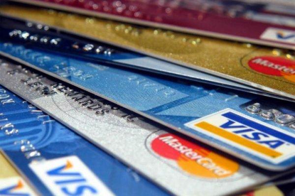 Los beneficios que obtiene un negocio al aceptar pagos con tarjeta